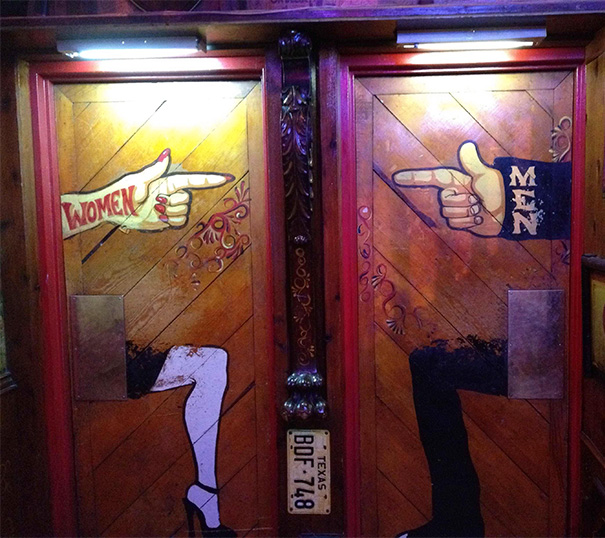 funny-creative-bathroom-signs-10