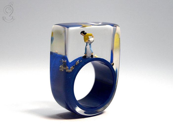 miniature-worlds-inside-jewelry-isabell-kiefhaber-germany-12