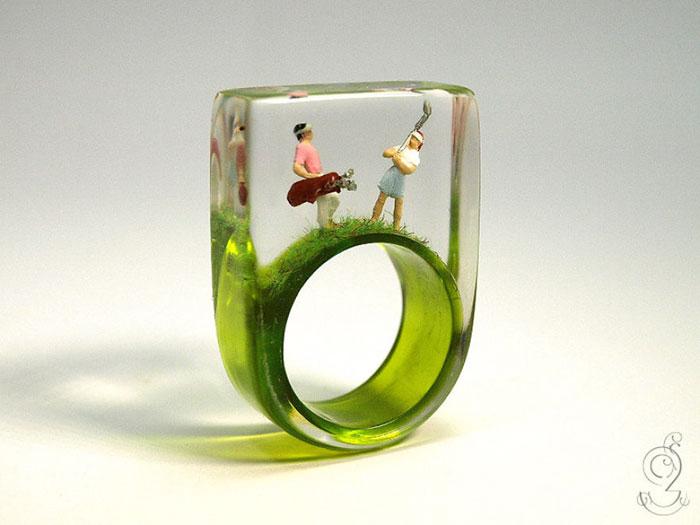 miniature-worlds-inside-jewelry-isabell-kiefhaber-germany-9