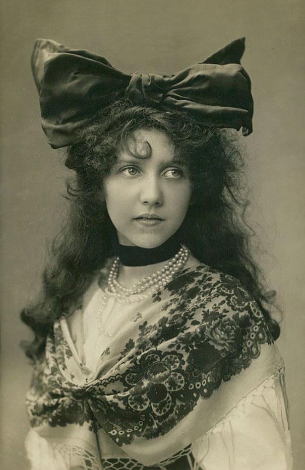 most-beautiful-women-around-the-world-1900-1910-1