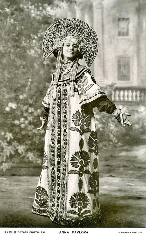 most-beautiful-women-around-the-world-1900-1910-13