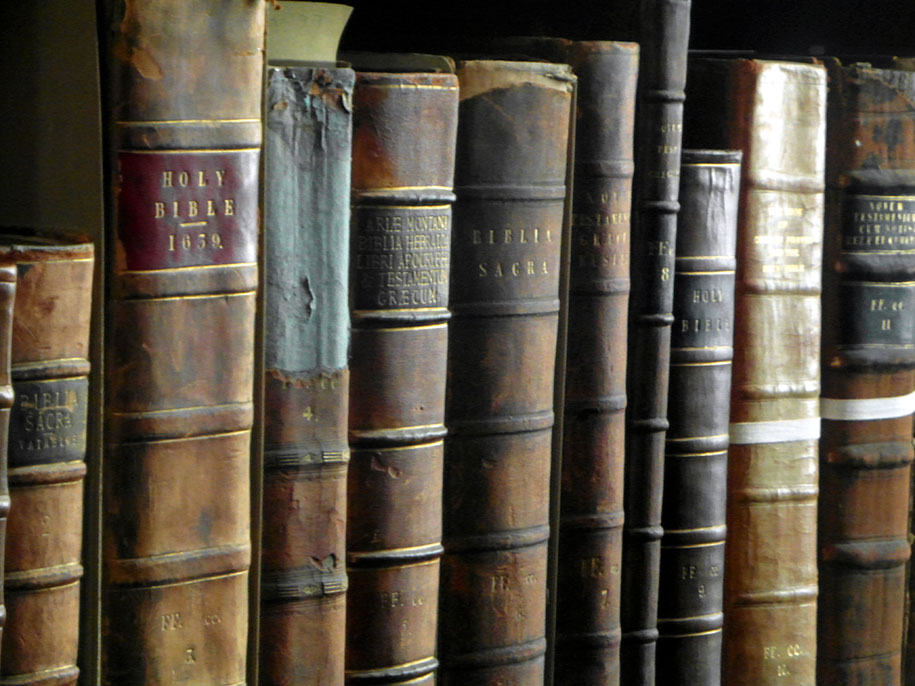old-library-trinity-college-dublin-7