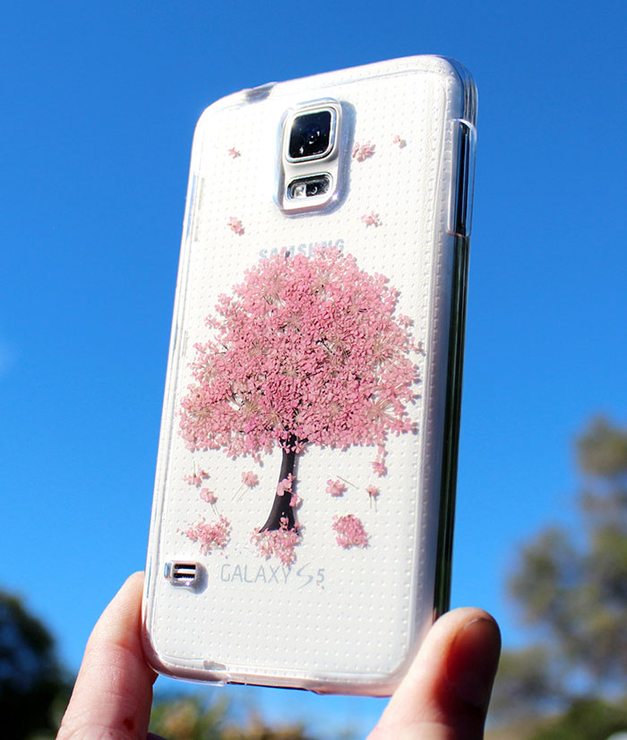 phone-cases-with-real-flowers-house-of-blings-3