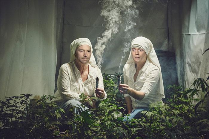 photoshop-trolls-weed-smoking-nuns-1