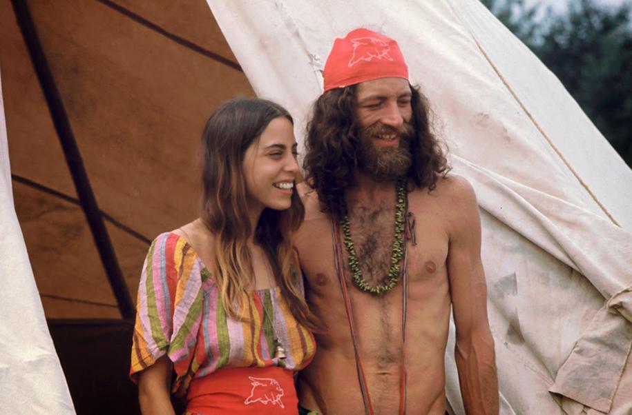 women-fashion-of-60s-woodstock-1969-5