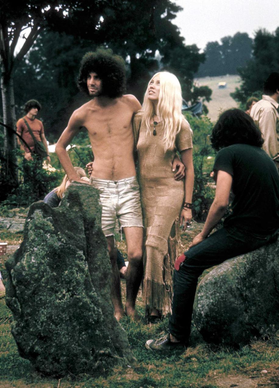 women-fashion-of-60s-woodstock-1969-9