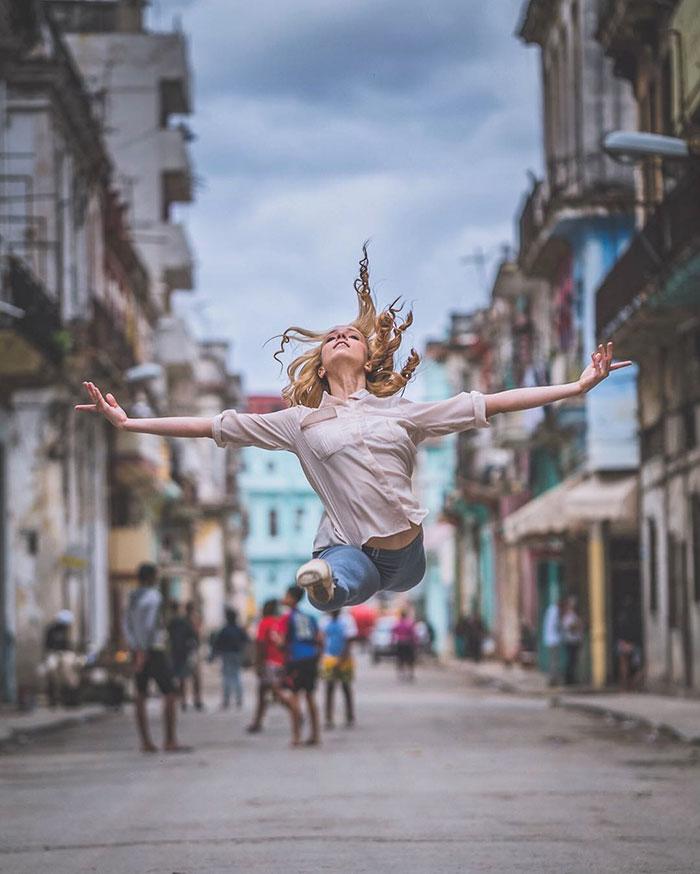 ballet-dancers-practice-on-streets-cuba-omar-robles-15