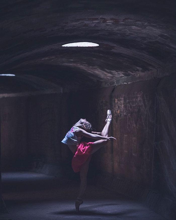 ballet-dancers-practice-on-streets-cuba-omar-robles-3