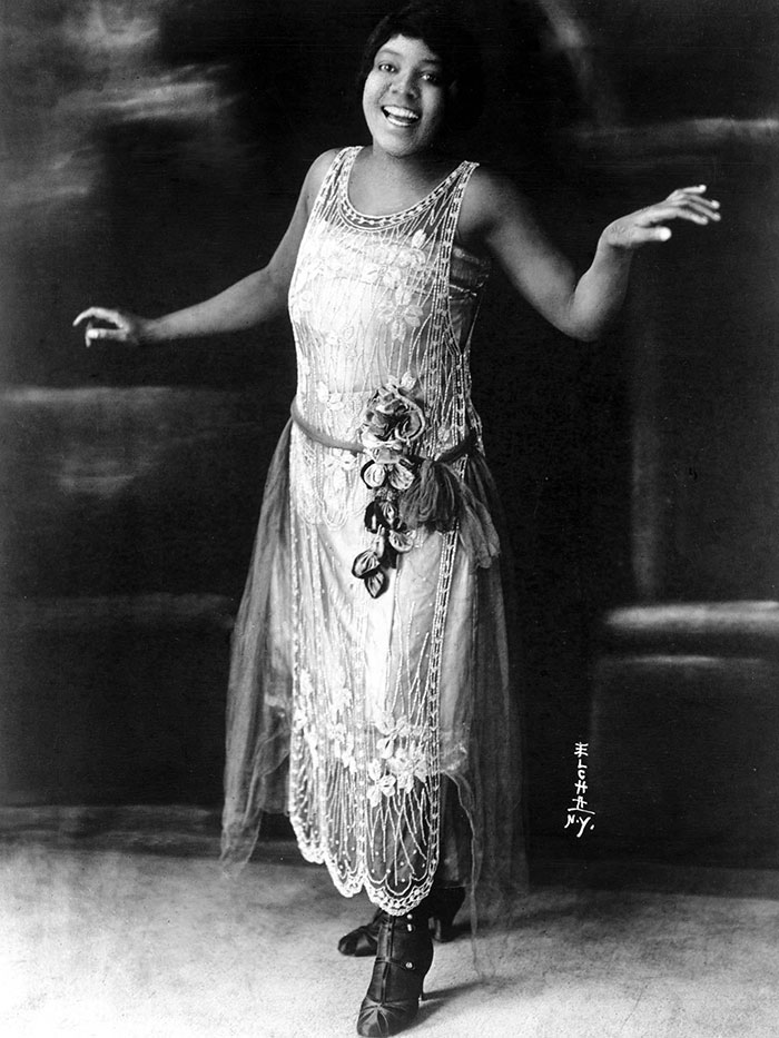 beginning-of-modern-fashion-1920s-women-fashion-3