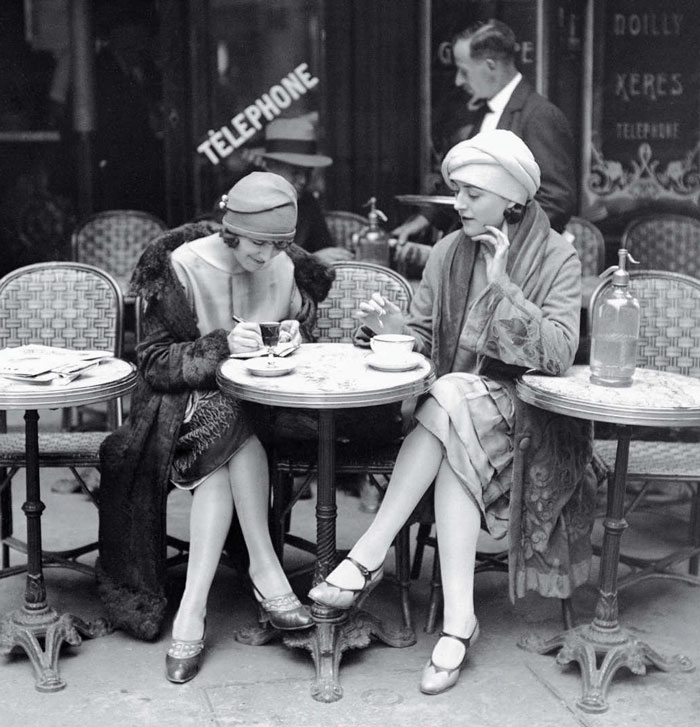 beginning-of-modern-fashion-1920s-women-fashion-7