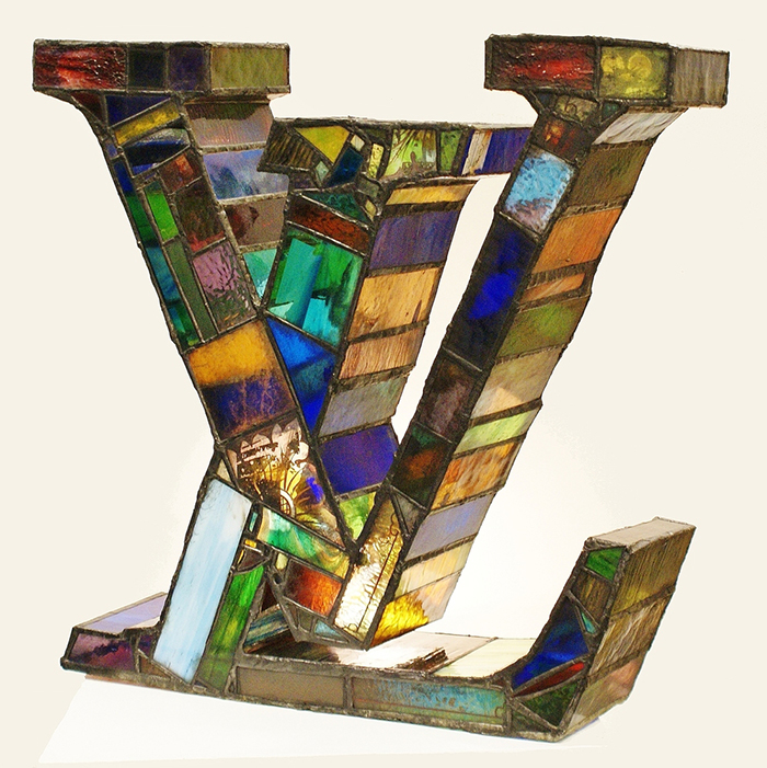 church-like-stained-glass-sculptures-laura-keeble-14