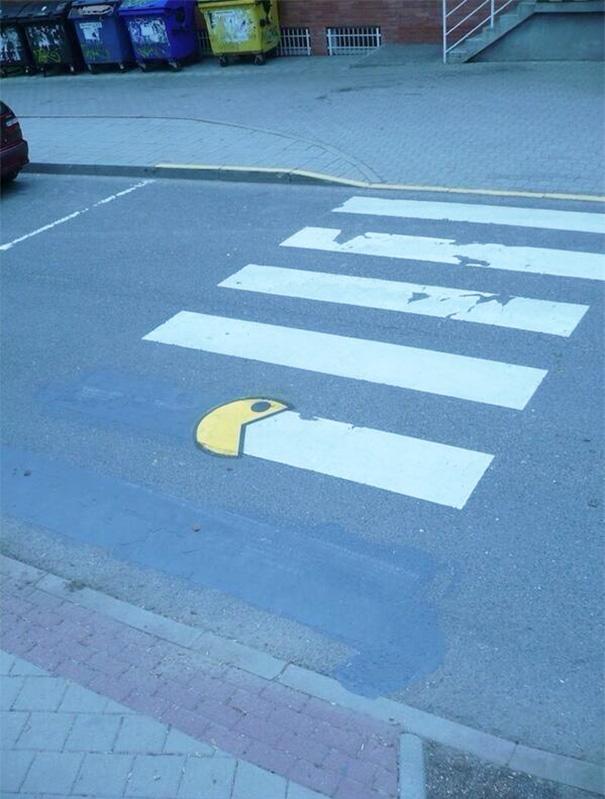 funny-vandalism-creative-street-art-21