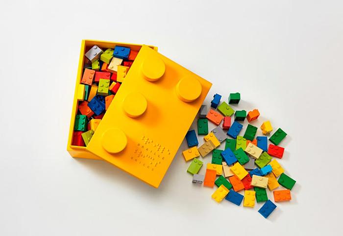 braille-bricks-help-blind-children-learn-literacy-3