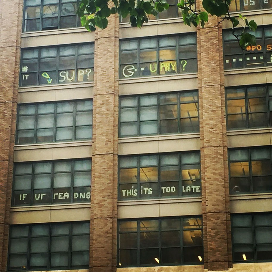 building-post-it-war-sticky-notes-manhattan-nyc-13