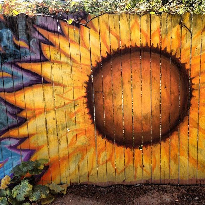 creative-diy-garden-fence-ideas-8