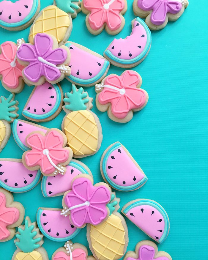 graphic-designer-bakes-creative-cookies-holly-fox-design-9