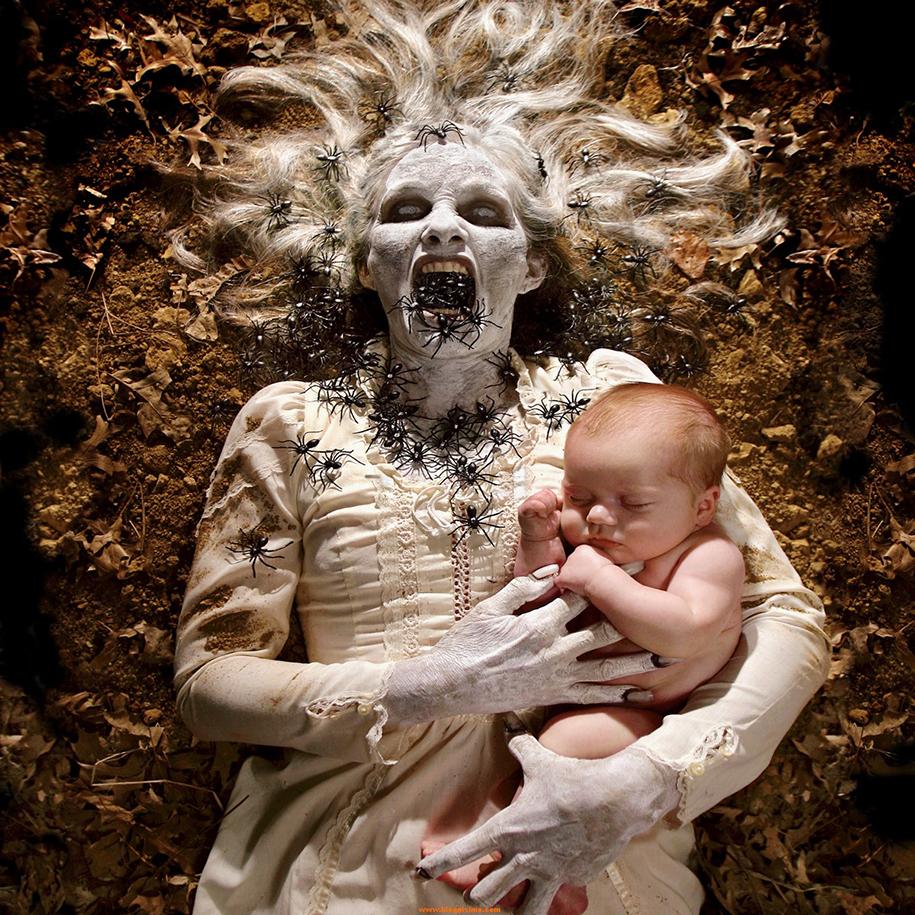horror-family-photoshoot-creative-children-photography-joshua-hoffine-2
