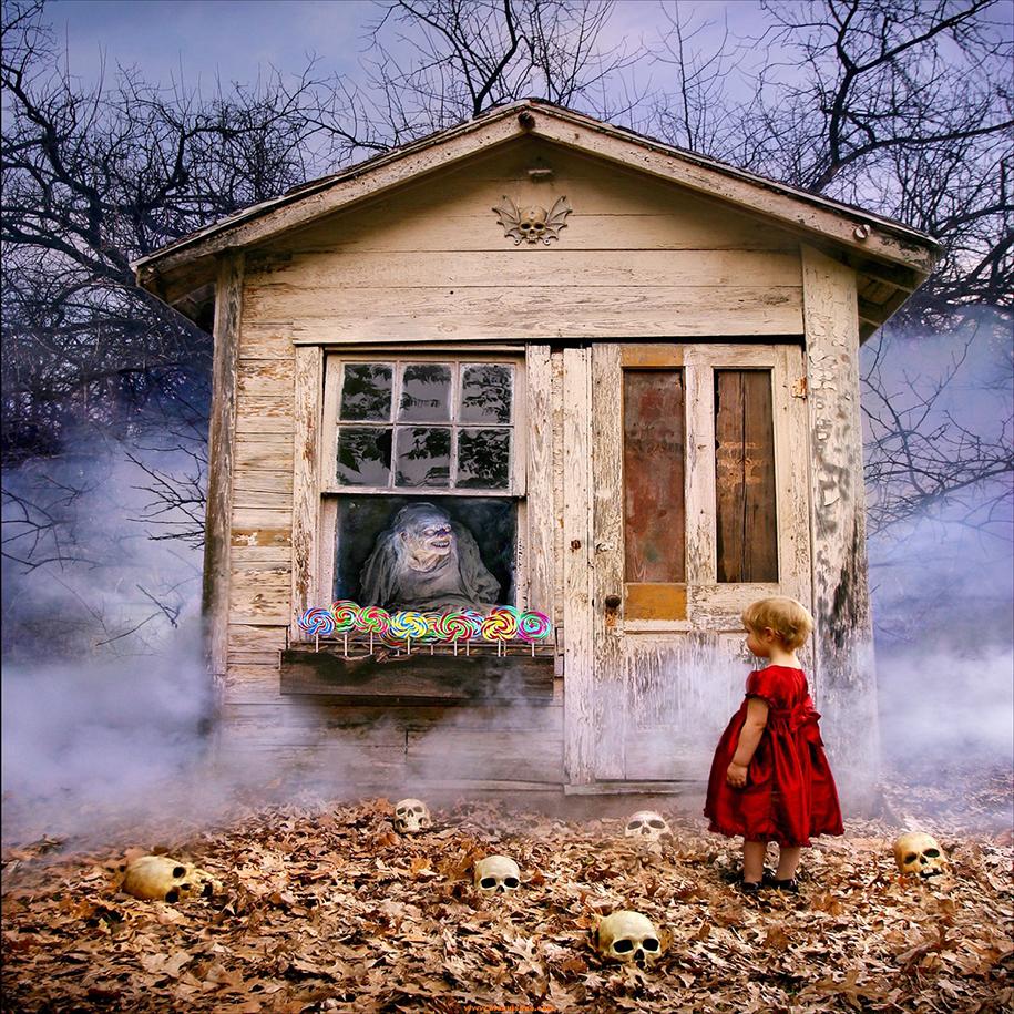 horror-family-photoshoot-creative-children-photography-joshua-hoffine-9
