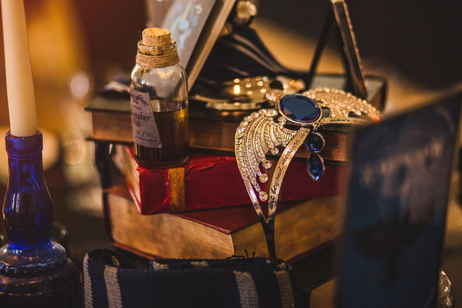magical-harry-potter-themed-wedding-cassie-lewis-byrom-42