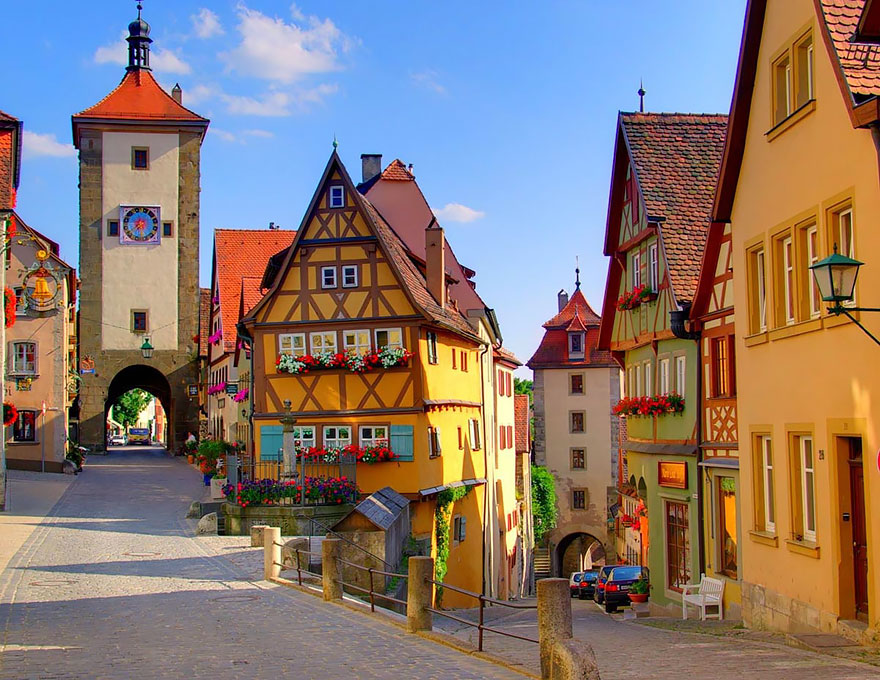 most-beautiful-towns-in-world-fairy-tale-villages-x13