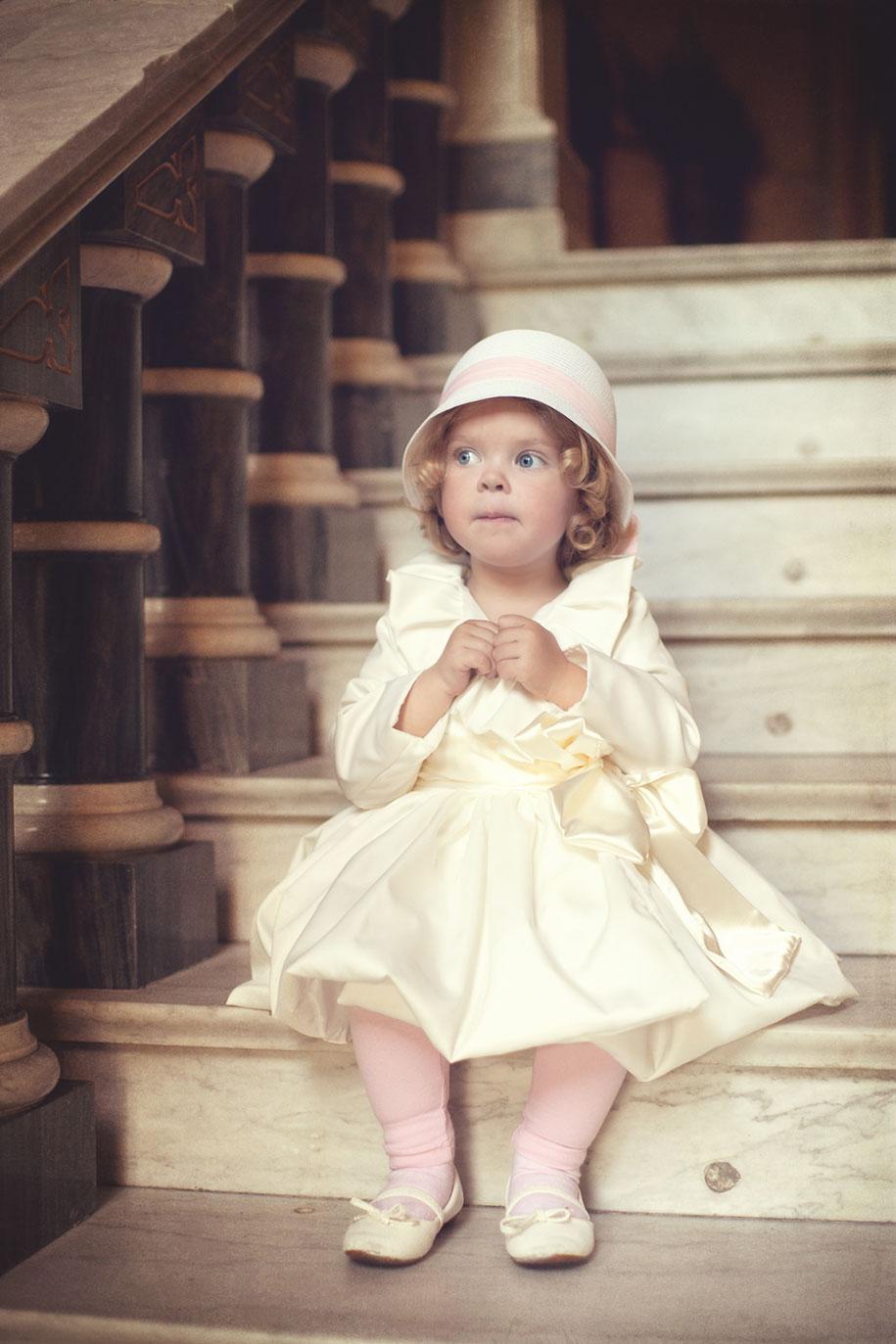 photographer-captures-children-in-costumes-childhood-anna-rozwadowska-6