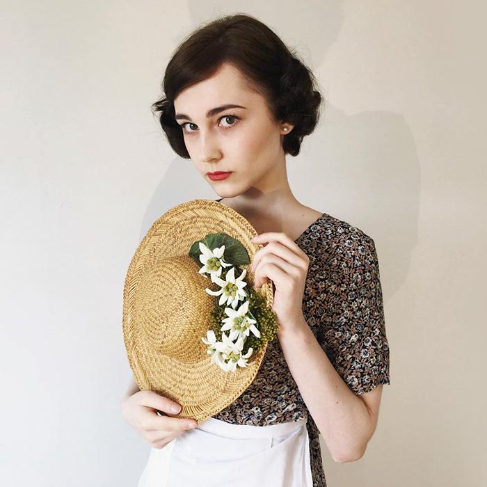 teenager-recreates-vintage-retro-look-bewitchedquills-annelies-maria-francine-14