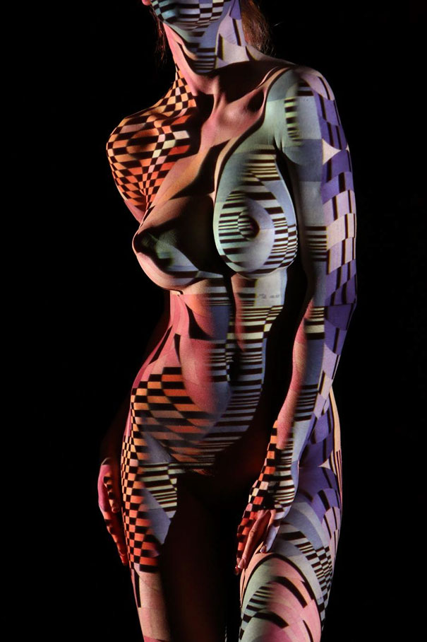 women-shadow-portraits-light-patterns-photography-dani-olivier-11