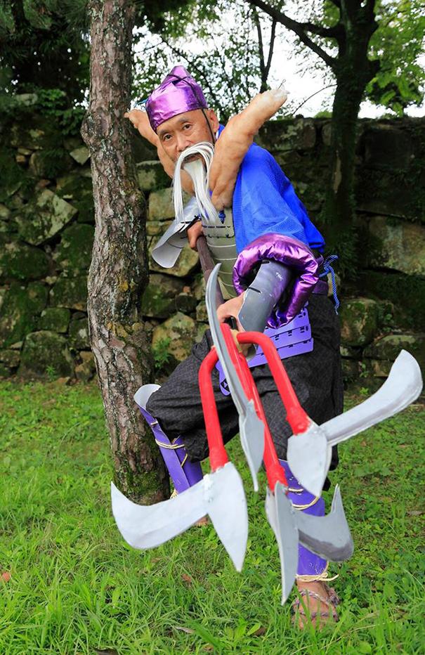 66-year-old-cosplay-japanese-anime-characters-tomoaki-kohguchi-2