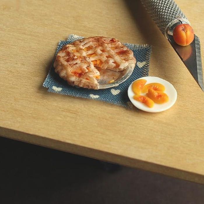detailed-miniature-food-sculptures-kim-clough-1