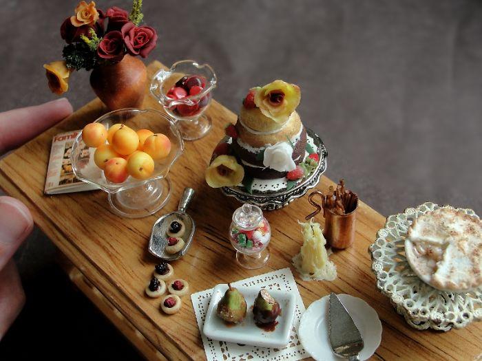 detailed-miniature-food-sculptures-kim-clough-17