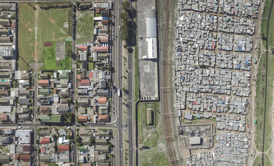 drone-photos-inequality-south-africa-johnny-miller-16
