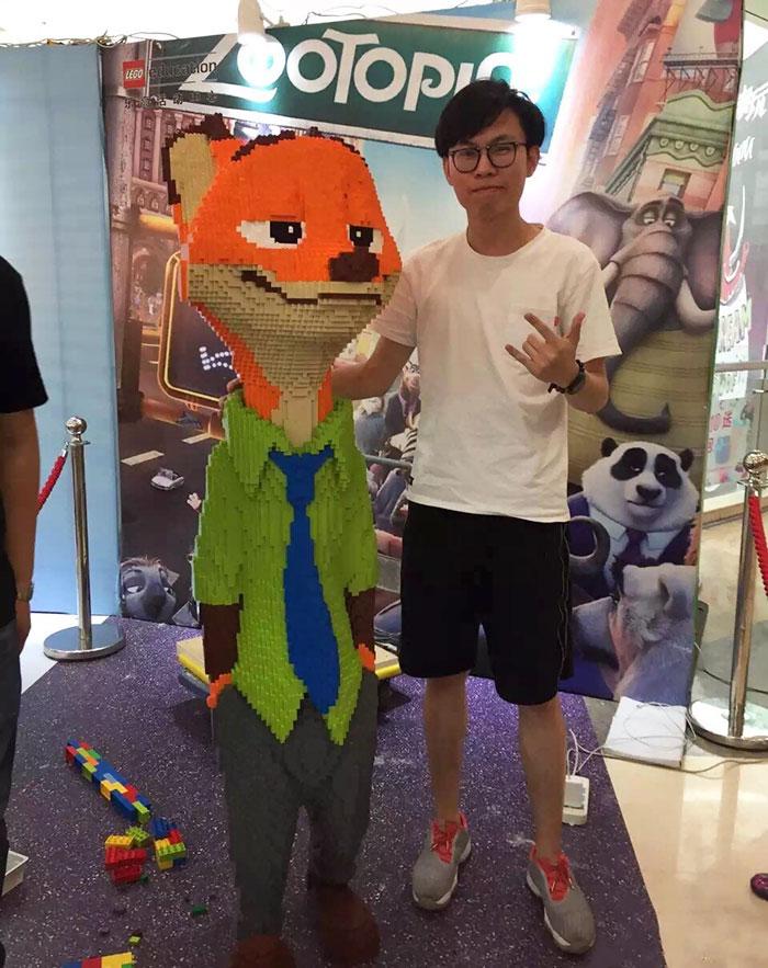 kid-destroys-man-sized-lego-statue-zootopia-zhao-1