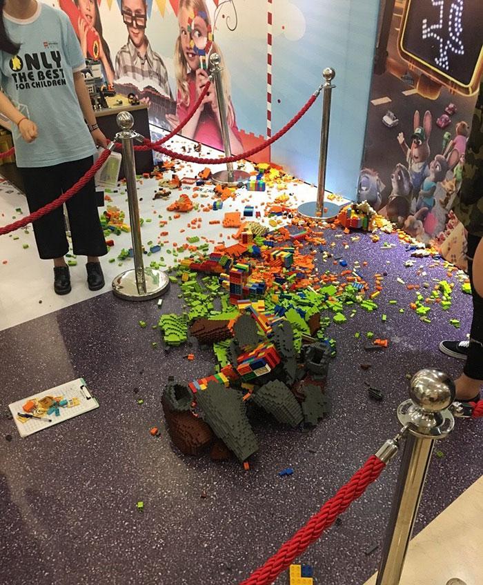 kid-destroys-man-sized-lego-statue-zootopia-zhao-3