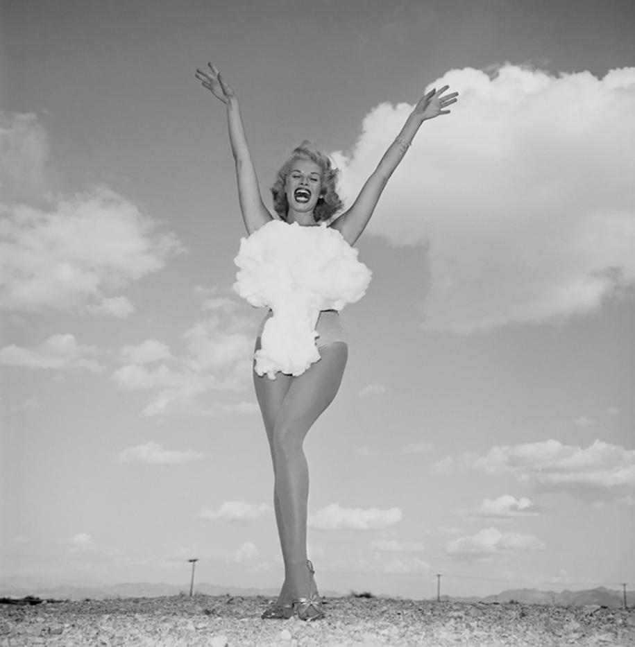 nuclear-tourism-1950s-atomic-bomb-las-vegas-14