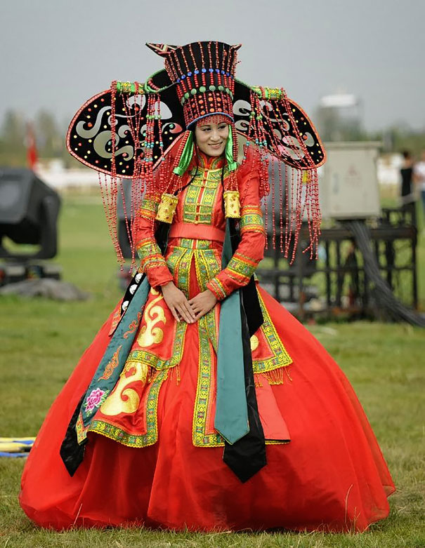 beautiful-different-traditional-wedding-dresses-around-the-world-9