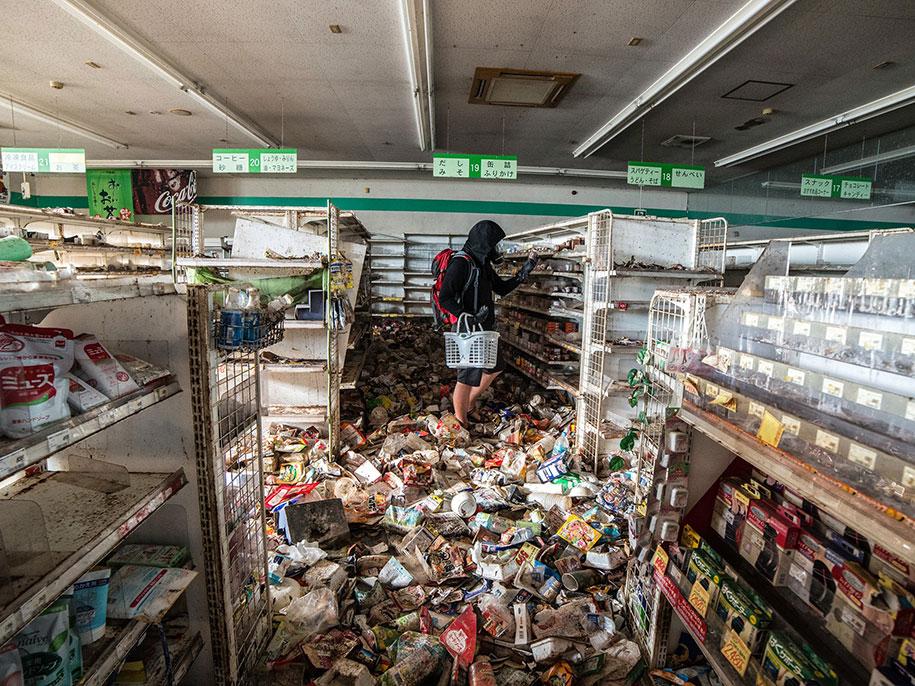 fukushima-exclusion-zone-now-photos-japan-24