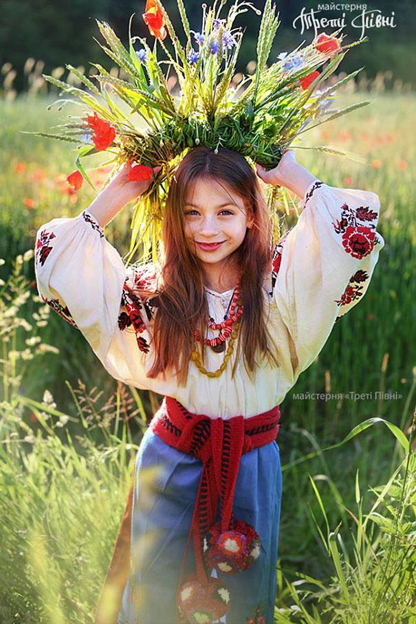 traditional-ukrainian-flower-crowns-treti-pivni-10