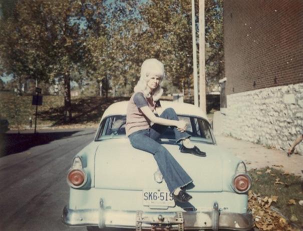 vintage-hairstyles-big-hair-1960s-10