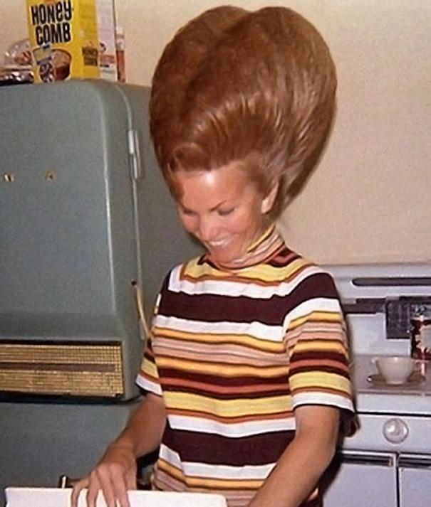 vintage-hairstyles-big-hair-1960s-12