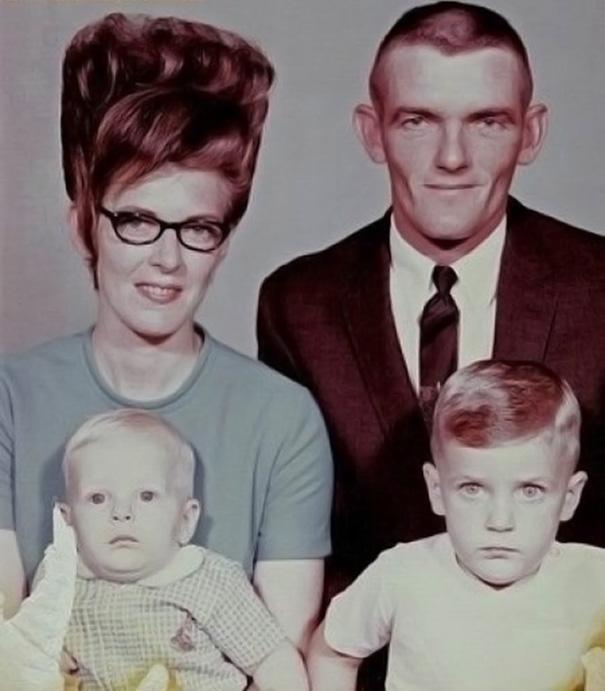 vintage-hairstyles-big-hair-1960s-31