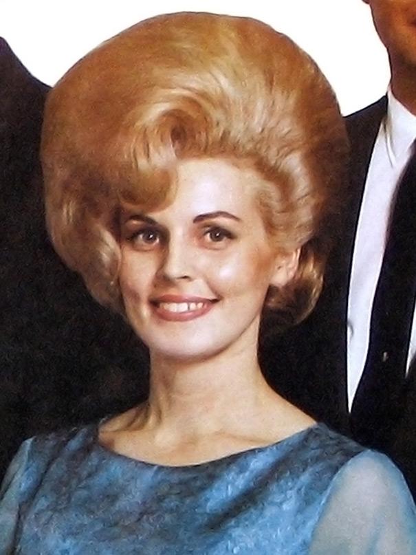 vintage-hairstyles-big-hair-1960s-32
