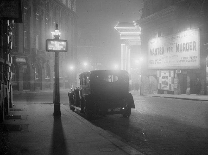 20th-century-london-fog-vintage-photography-12