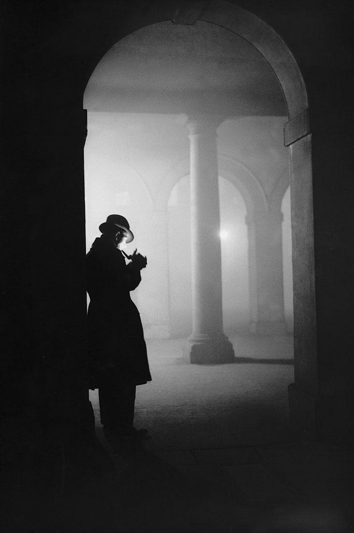 20th-century-london-fog-vintage-photography-13