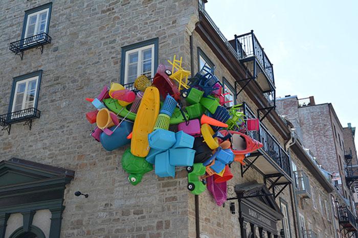 colorful-trash-sculptures-overconsumption-canada-jose-luis-torres-10