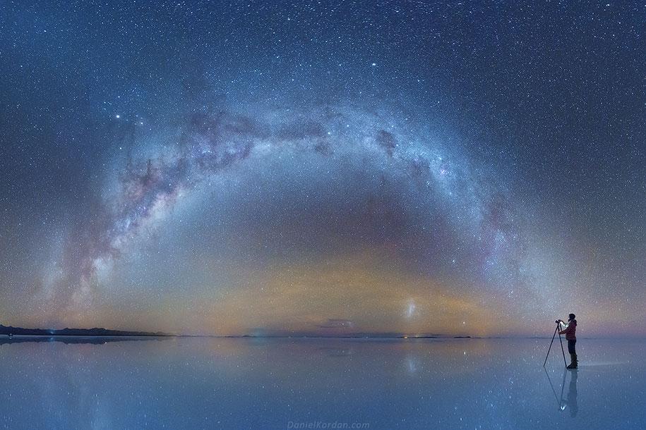milky-way-stars-mirror-salt-flats-photo-bolivia-daniel-kordan-1