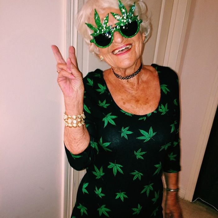 stylish-badass-grandma-instagram-baddie-winkle-14