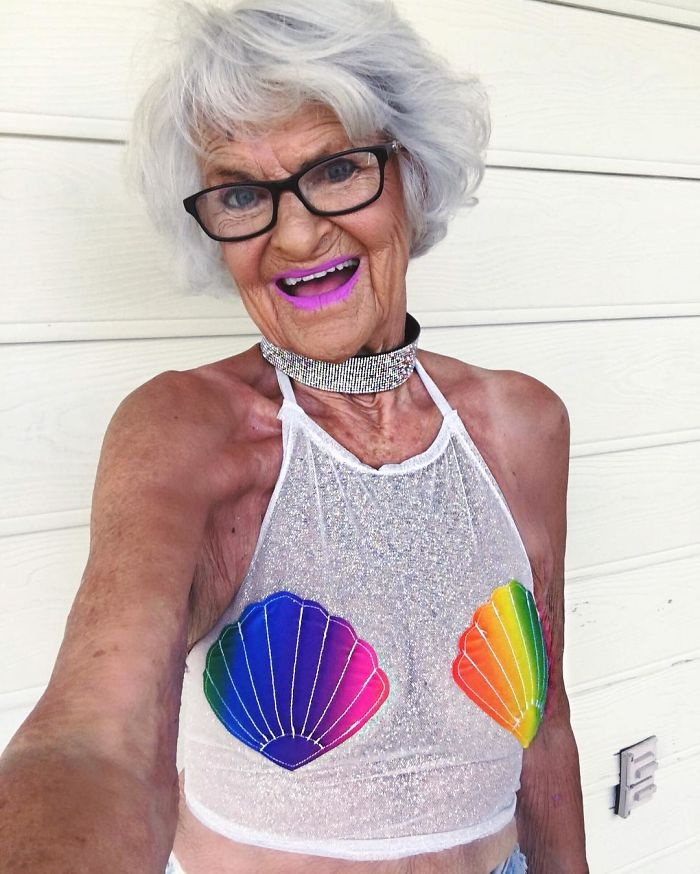stylish-badass-grandma-instagram-baddie-winkle-3