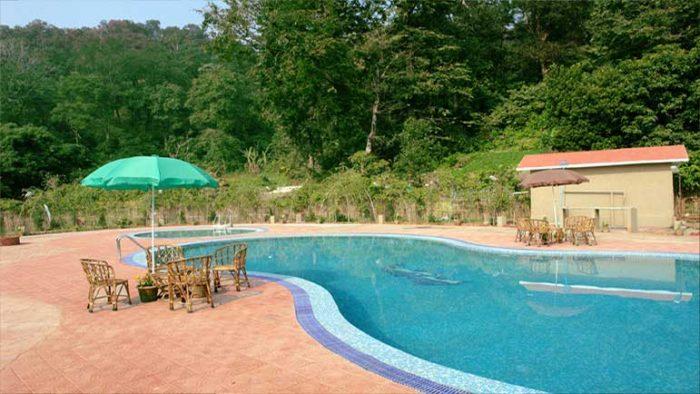 Swimming pool of Tiger Den Resorts