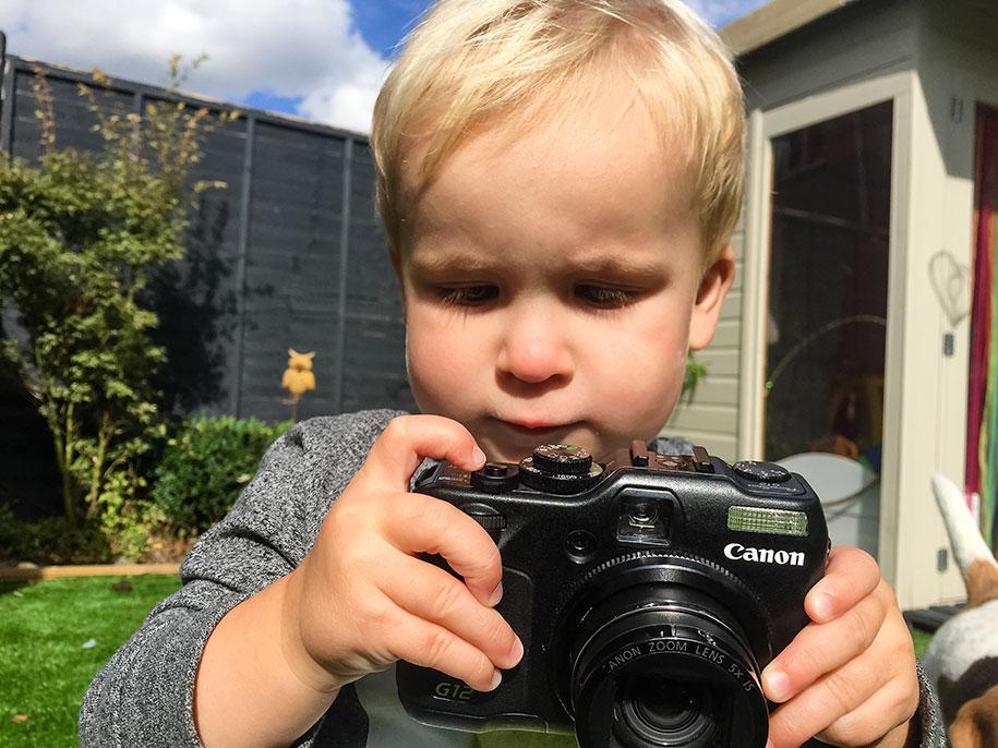 19-month-old-kid-photographer-canon-g12-timothy-jones-29
