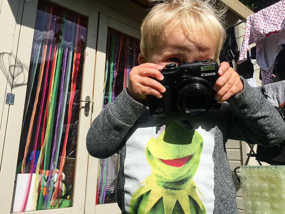 19-month-old-kid-photographer-canon-g12-timothy-jones-31
